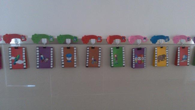 各班成长记录袋-幼儿园风采-前进农场幼儿园